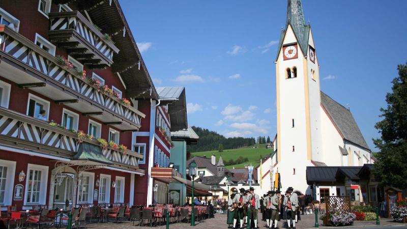 Halle – Abtenau