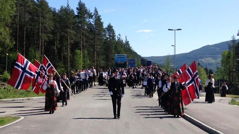 Fira Norges nationaldag 17 maj, 4 dagar