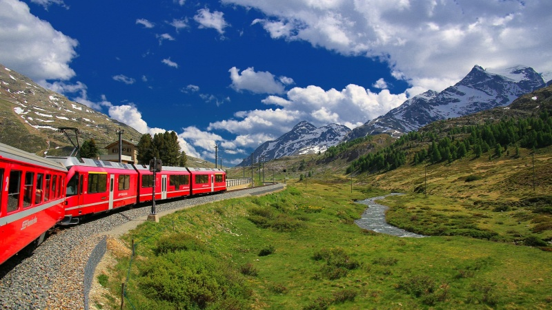 Schweiz med Bernina Expressen